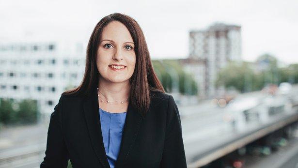Sonja Lipp - Lawyer
